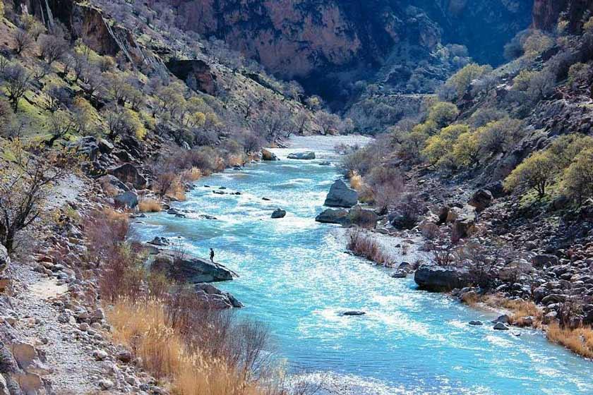 انشا در مورد گذر رودخانه
