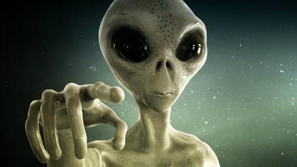 انشا در مورد آدم فضایی پایه نهم